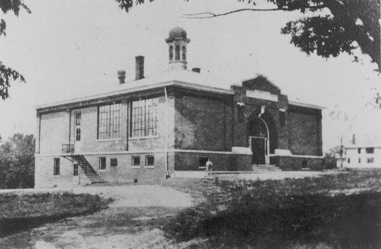 McCutchanville School About 1914
